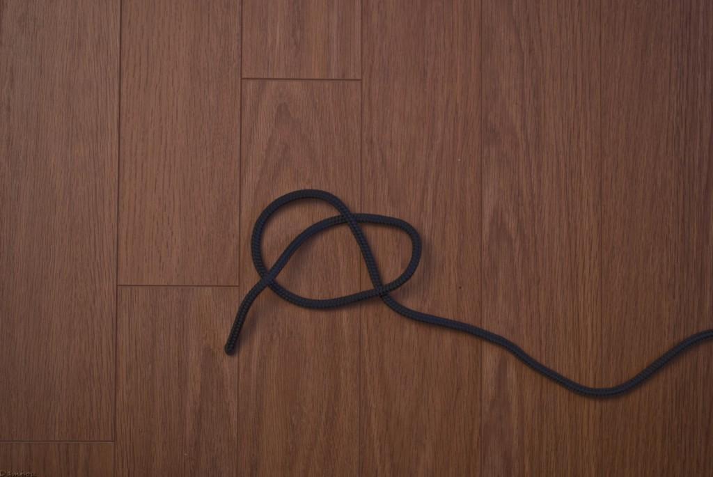 Deuxième étape du noeud simple