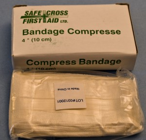Bandages compresses stériles